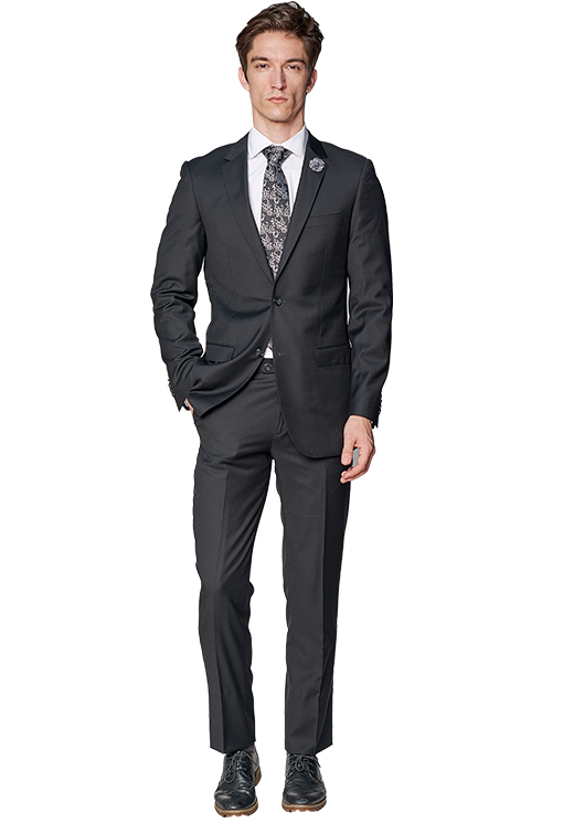 Giovanni Bresciani Solid Black Suit